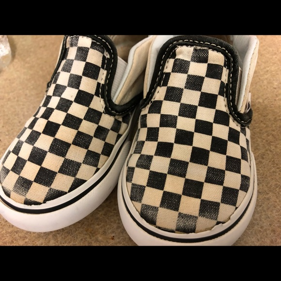 Vans Other - Classic checkerboard slip ons